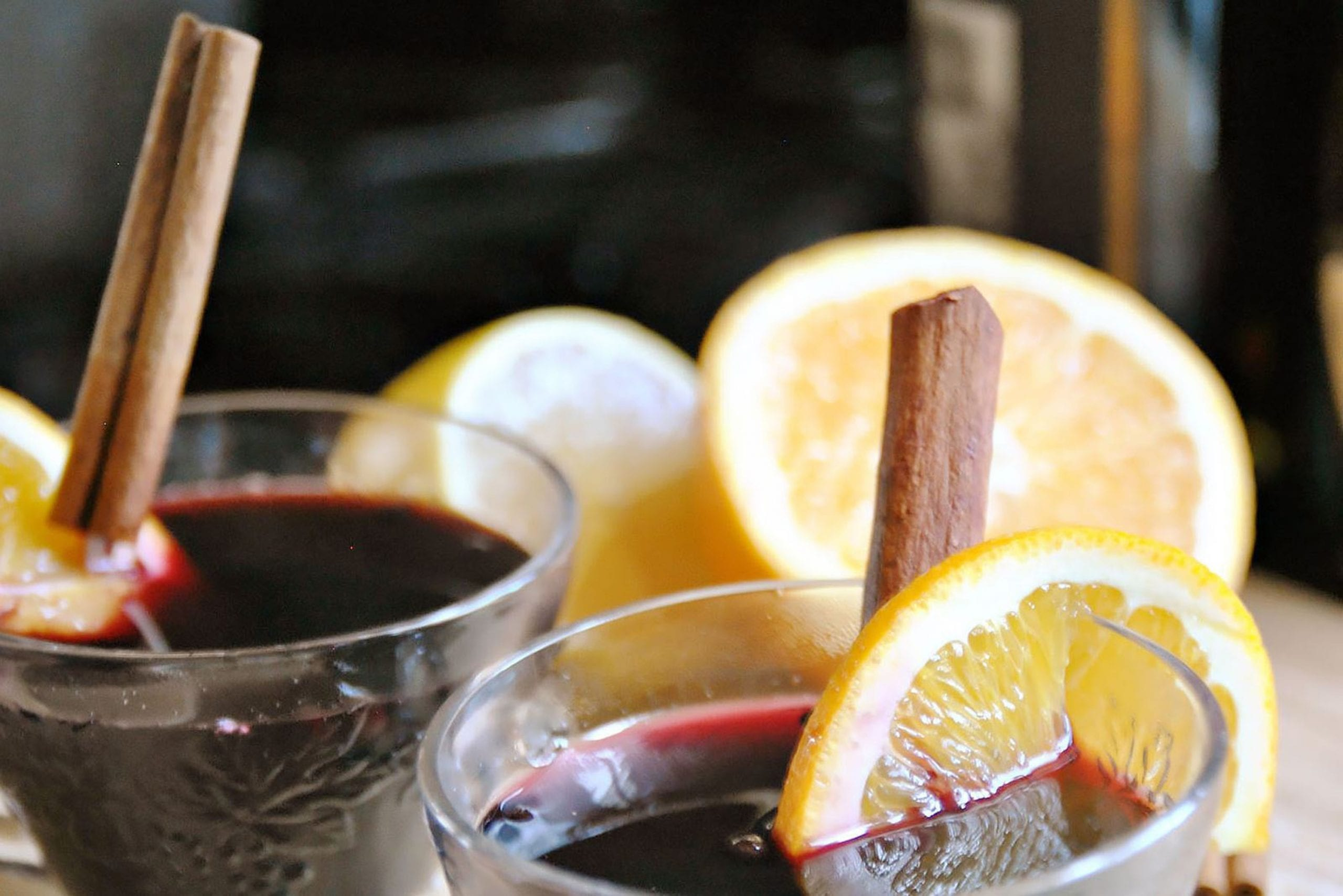 How to cook mulled wine at home - 4 recipes from red and white wine 78